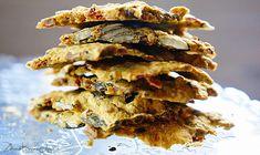 Zdrove KarmeLove: Krakersy gryczane bez mąki z pestkami dyni, słonecznika i suszonymi pomidorami