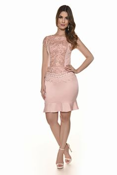 Young - Fascinius Moda Evangélica Cute Dresses, Short Dresses, Formal Dresses, Dress Skirt, Dress Up, How To Look Classy, Skirt Fashion, Party Dress, Outfits