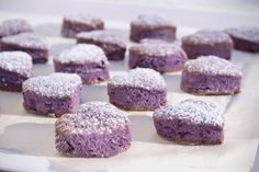 Cuori-viola-frollini-ai-mirtilli-senza-uova Salsa, Eggless Recipes, Biscotti Cookies, Cheesecake Cupcakes, Biscuit Recipe, Mini Desserts, Sweet Cakes, Eat Breakfast, Mini Cakes