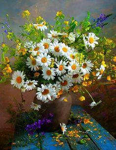 Vibrant still life painting. Beautiful Flower Arrangements, Floral Arrangements, Beautiful Flowers, My Flower, Flower Art, Flower Power, Daisy Love, Arte Floral, Flowers Nature