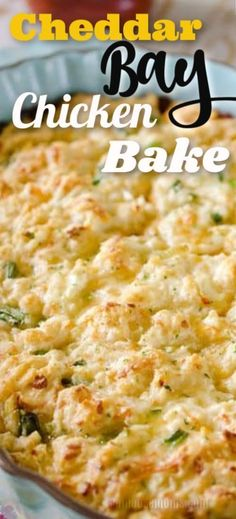 Tender chicken breasts in marinara are topped with buttery Red Lobster cheddar bay biscuits in this Cheddar Bay Chicken Bake. It's an amazingly simple one-dish meal the whole family will love! Baked Chicken, Chicken Recipes, Food Dishes, Main Dishes, Healthy Dinner Recipes, Cooking Recipes, Sin Gluten, Gluten Free, Breast Recipe