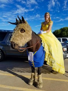 Beauty and the Beast Beauty and the Beast horse and rider costume, trunk or treat with Barnum - Art Of Equitation Pony Party, Horse Halloween Costumes, Horseback Riding Lessons, Beast Costume, Trunk Or Treat, Equestrian Outfits, Equestrian Fashion, Equestrian Style, Costume Contest