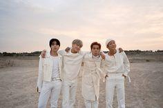 Winner Kpop, Yg Ent, Fandom, Group Photos, Winwin, Kpop Groups, Champs, Family Portraits, Songs