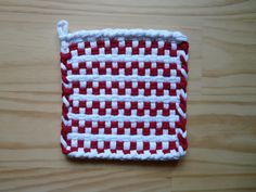 Red and White Checked Vintage Style Woven Cotton Loop Loom Potholder Retro Modern Kitchen