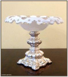 biedermeier tafelaufsatz mit silberfu 12 l t silber und bemalter glasschale similar. Black Bedroom Furniture Sets. Home Design Ideas