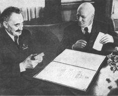 G. Dimitrov e Vassil Kolarov no dia da atribuição da Ordem da República Popular da Bulgária Dimitrov. 18 de julho de 1947.