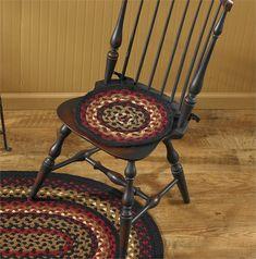 Folk Art Braided Chairpad Parking Design, Chair Pads, Country Decor, Folk Art, Braids, Decorating, Red, Bang Braids, Decor