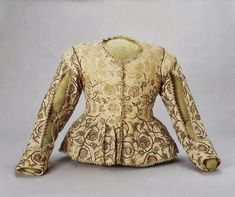 Linen jacket embroidered with silk, 1620-1625.