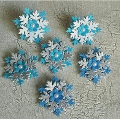 Christmas Hair, Christmas Crafts, Xmas, Christmas Ornaments, Foam Crafts, Diy And Crafts, Snow Fairy, Hair Ribbons, Felt Ornaments