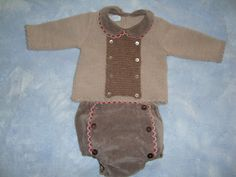 Baby boy brown winter outfit. Foque