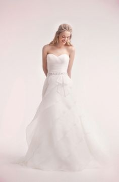 Sweetheart A-Line Wedding Dress  with Natural Waist in Organza. Bridal Gown Style Number:32106007