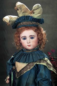 Emile Jumeau,circa 1884,the bebe was presented at the Paris toy store of Jeanne Nadaud,notable for its prestige dolls.