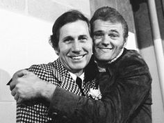 Chet Atkins and Jerry Reed Country Music Artists, Country Music Stars, Country Singers, Jerry Reed, Guitar Reviews, Chet Atkins, Country Guys, Rca Records, Guitar Tabs