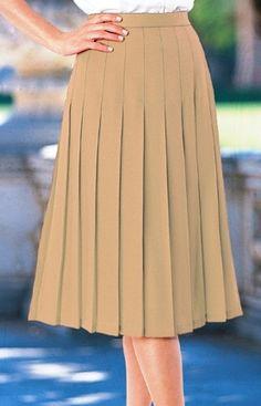 Light brown knife pleated skirt