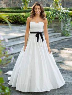 Lea-Ann Belter Willow Wedding Dress on Sale - Your Dream Dress