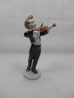 Vintage Hollohaza Porcelain Little Fiddler 5.5  Beautiful HTF Very Nice! GS,1.4