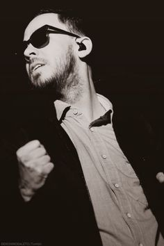 Mike Shinoda -  Linkin Park.... so sexy