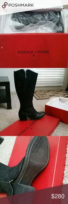 NIB Donald J Pliner Leather Boots - Size 6M New still in box leather boots Donald J. Pliner Shoes Heeled Boots