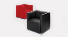 This #armchair by #PaoloPiva is an elegant, luxuriously comfortable and versatile piece of #furniturel
