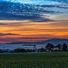 """""""Strawberries to the Sea"""" Ventura, California Image by West Cooke California Homes, Ventura California, Beautiful Sunrise, Long Beach, Scenery, Sky, Sunsets, Pictures, Outdoor"""