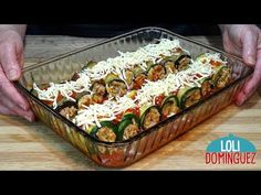 ROLLITOS DE BERENJENA Y CALABACÍN RELLENOS. Loli Domínguez. Recetas paso a paso, tutorial - YouTube Mediterranean Dishes, Appetisers, Vegetable Dishes, Eggplant, Risotto, Sushi, Vegetables, Cooking, Ethnic Recipes