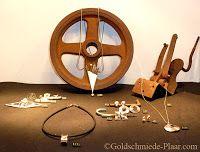 Goldschmiede Plaar in Osnabrück: Neue Dekoration meiner Vitrinen - My new decorated showcases