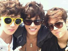 EXO-K's Sehun, Kai and Baekhyun looking good with sunglasses. I especially love the ones Sehun is wearing, the yellow pair.