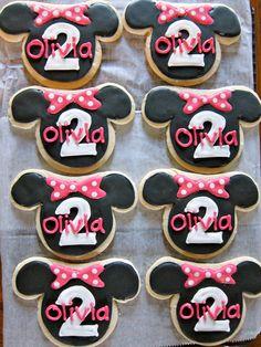 Adorable minnie cookies