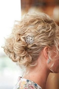 Hair Styles Short Curly Hair Updo 49 New Ideas Hair Styles 2014, Curly Hair Styles, Natural Hair Styles, Updos For Curly Hair, Curly Hair Updo Wedding, Wedding Updo, Loose Curly Updo, Naturally Curly Updo, Elegant Wedding