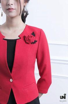 Kurti With Jacket Blazer Jacket Classy Suits Tweed Blazer Wrap Sweater Business Dresses Coat Dress Skirt Suit Office Fashion Blazer Fashion, Suit Fashion, Fashion Outfits, Business Dresses, Business Attire, Kurti With Jacket, Classy Suits, Modelos Fashion, Blazer Jackets For Women