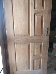 Prontar Front Door Design Wood, Wood Front Doors, Wooden Door Design, Wooden Doors, Main Entrance Door, Entry Doors, Door Design Interior, Exterior Doors, House Design