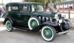 Oldtimer gallery. Cars. 1932 Chevrolet.