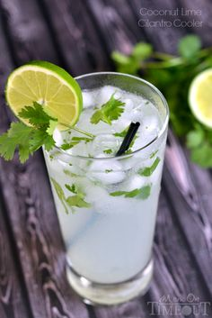 Coconut Lime Cilantro Cooler: coco - sparkling or ginger ale - fresh lime juice - rum - chopped cilantro.stir, garnish w slice lime cilantro, serve over ice Party Drinks, Fun Drinks, Yummy Drinks, Healthy Drinks, Beverages, Smoothies, Smoothie Drinks, Non Alcoholic Drinks, Cold Drinks