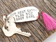 Baby stats keychain dad baby personalised baby and dads our best catch personalized fishing lure keychain for new parents baby stats fishing gift negle Images
