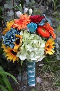 Wedding Bouquet Hydrangea Sunflower Gerbera Daisy Rose Green Yellow Orange Blue Bridesmaid Destination Garden Wedding Beach Teal Boutonniere
