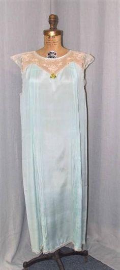 Vintage 1920s Nightgown Tambour Lace Crepe Vintage Lingerie Flapper Pale  Blue Lingerie Med 7bb1a0601