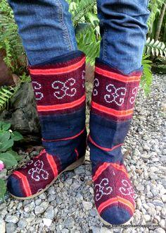 Hmong Embroidered, Natural Indigo Hemp & Wine Mid Calf Vegan Dakota Boots, Size 9