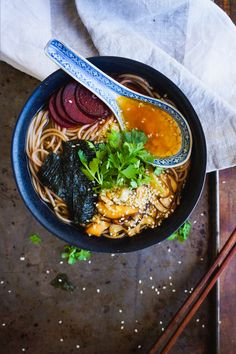 GREEN TEA & MISO SOBA NOODLE BOWL with spicy shiitakes and pickled beetroot