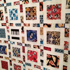 Framed quilt pattern from Simply Retro by Camille Roskelley. Novelty fabric quilt.