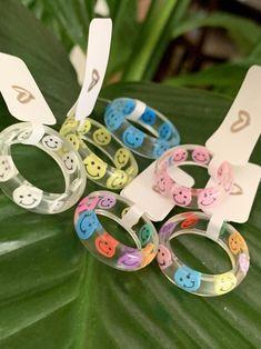 Hand Jewelry, Trendy Jewelry, Cute Jewelry, Resin Jewelry, Jewellery, Handmade Rings, Handmade Jewelry, Pulseras Kandi, Party Rings