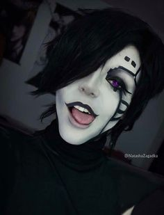 Mettaton Undertale cosplay! (Not mine)