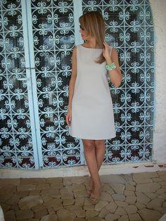 Abito+svasato+gabardine+-+grigio+perla+di+MelinaECris+su+DaWanda.com High Neck Dress, Etsy, Dresses, Fashion, Bead, Turtleneck Dress, Vestidos, Moda, La Mode