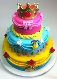 Veja 70 bolos de aniversário decorados com personagens infantis