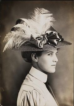 1908 Edwardian portrait of young lady with feathered hat