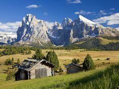 Italy, Trentino-Alto Adige, South Tyrol, Bolzano District, Alpe Di Siusi, Seiser Alm, Sassolungo (L Papier Photo par Peter Adams sur AllPosters.fr