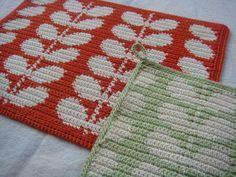 The Salvation Arky:ビヨルク編み 水玉模様&葉っぱ柄とか。 Crochet Chart, Crochet Motif, Diy Crochet, Crochet Flowers, Crochet Decoration, Crochet Home Decor, Knitting Patterns, Crochet Patterns, Crochet Potholders