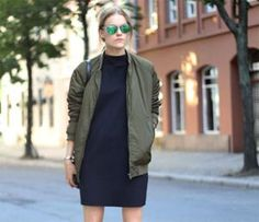 Military green bomber jacket and black dress. An outfit like this is all about the accessories. Love it, gonna make it happen. Casual Street Style, Street Chic, Vogue, Love Fashion, Womens Fashion, Mode Inspiration, Mode Style, Her Style, Autumn Winter Fashion