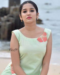 "Keralaclicks™ on Instagram: ""@anikhasurendran ❣️ Pc: @rojan_nath #anikhasurendran #anikha #latestphotoshoot #beauty #beautyful #like"" Photograph of Anikha Surendran PHOTOGRAPH OF ANIKHA SURENDRAN | IN.PINTEREST.COM ENTERTAINMENT #EDUCRATSWEB"
