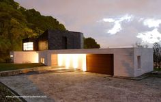 Residencia contemporánea en las afueras de Medellín