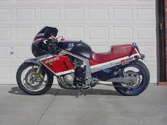 Suzuki Bikes, Suzuki Gsx, Street Motorcycles, Cars And Motorcycles, Gsxr 1100, Custom Sport Bikes, Stunt Bike, Drag Bike, Vans Girls